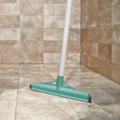 Bathroom Water Wiper 555 x 555_New Vis